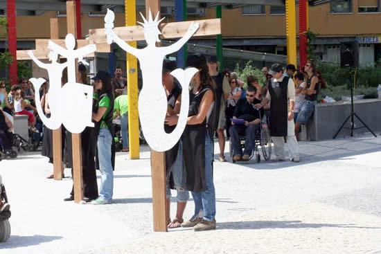 Momento de la escenificación El Calvario por Antón [Clic para ampliar la imagen]